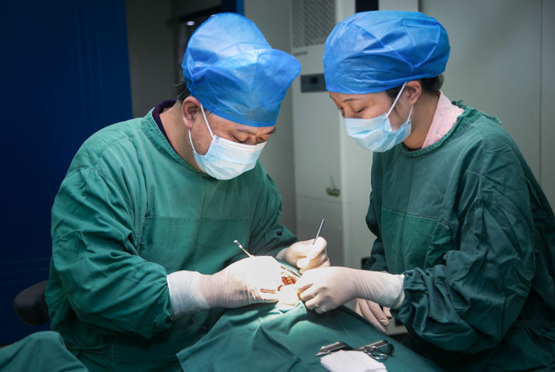 种植科手术照片_005.jpg